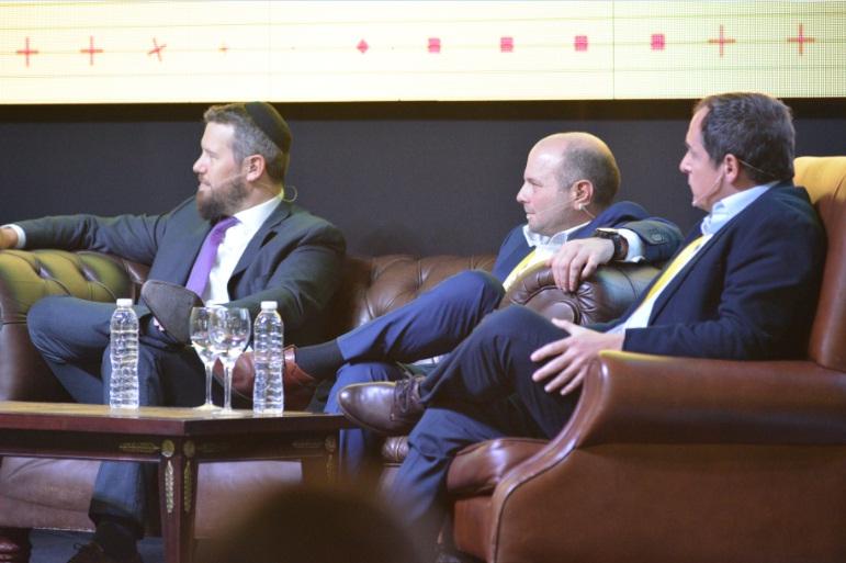 Mateo Salinas, Director Ejecutivo de Eidico, formó parte del panel.